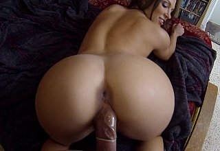 Big booty GF fucked on all fours