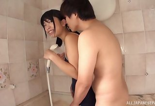 Jibe tolerable in the bath Takasugi Mari decides to lady-love without mercy